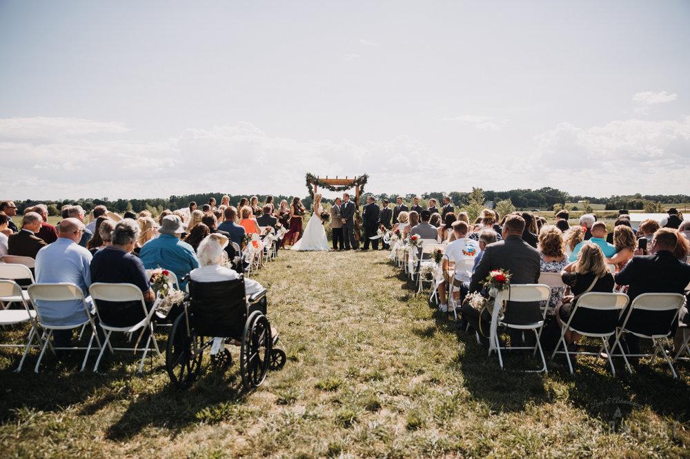 wedding-photography-dellwood-barns-mn-6873.jpg