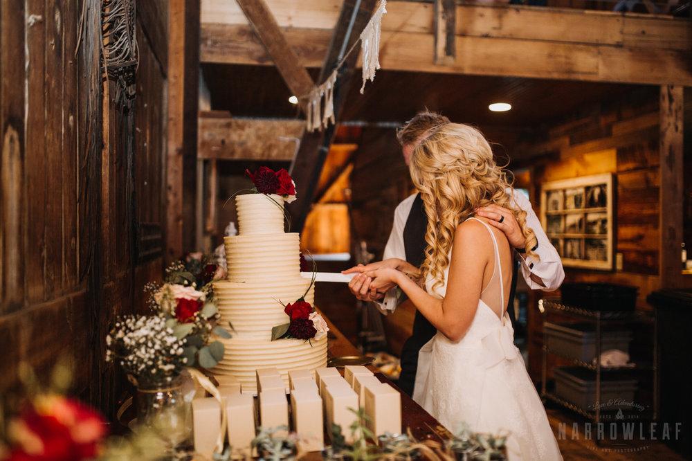 wedding-photography-dellwood-barns-mn-7585.jpg