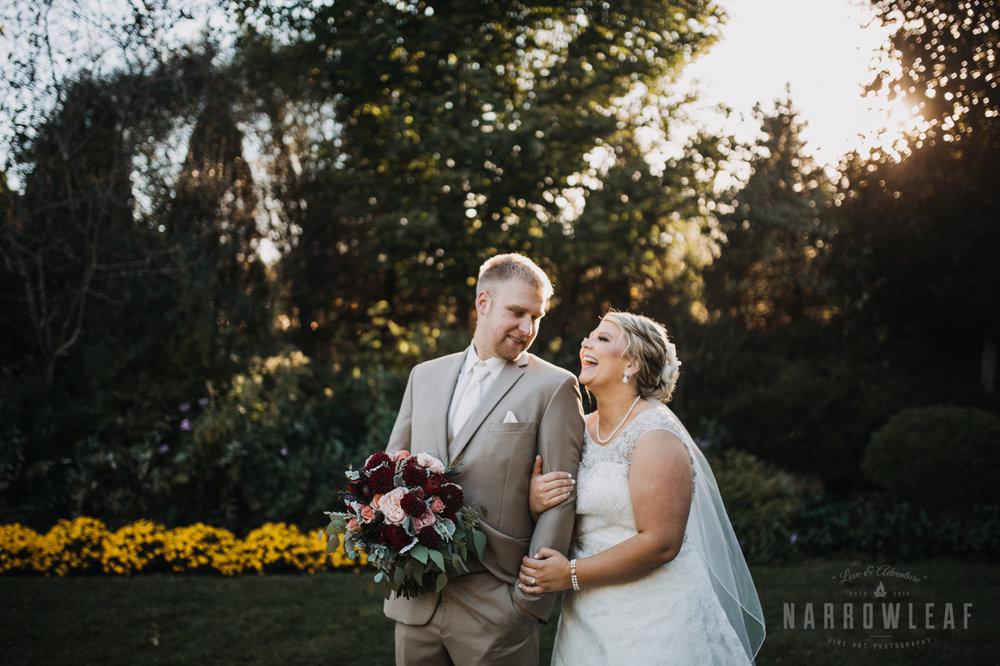 bride-groom-florian-gardens-summer-wedding-wisconsin-116.jpg