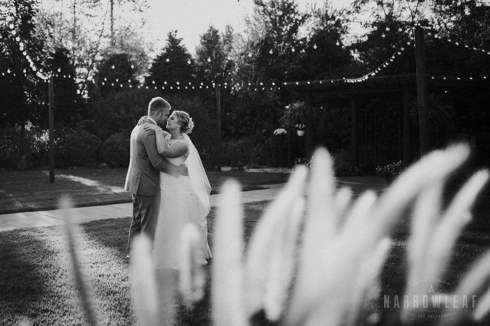bride-groom-florian-gardens-summer-wedding-wisconsin-118.jpg