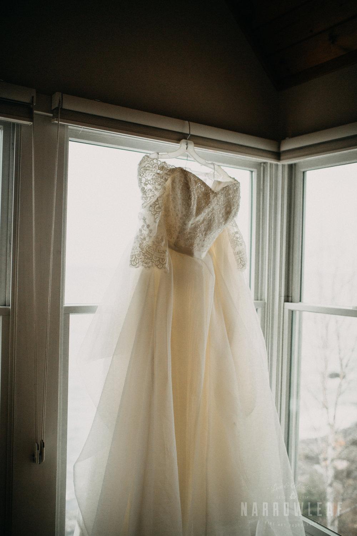 north-shore-elopement-bluefin-bay-bride-prep-84.jpg