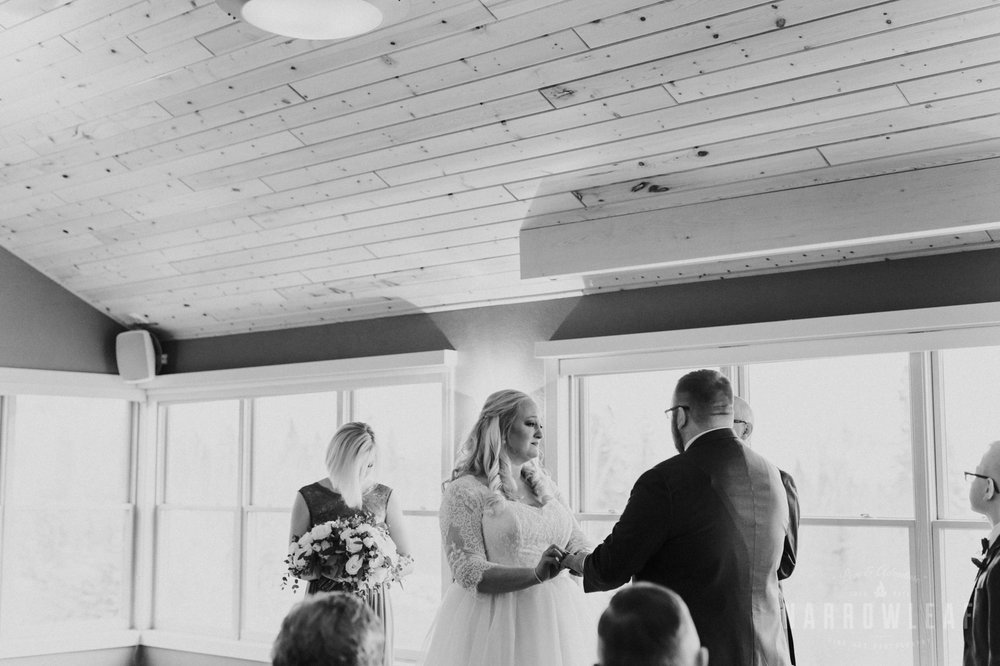 lake-superior-elopement-bluefin-bay-ceremony-64.jpg