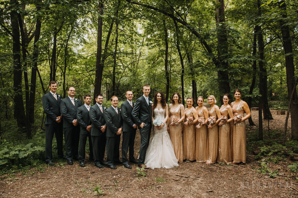 Camp-wooded-wedding-style-midwest-wi-bridal-party-300.jpg