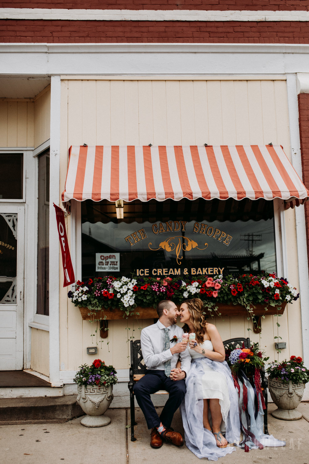 the-candy-shoppe-in-bayfield-wi-bride-groom-stop-for-ice-cream-302.jpg