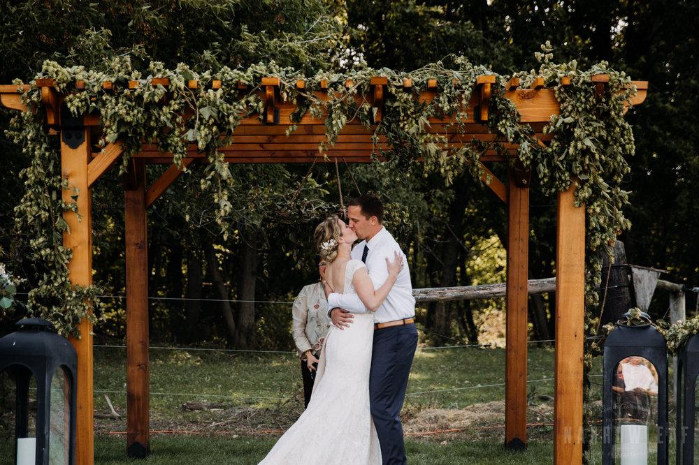 backyard-summer-farm-wedding-in-south-haven-mn-42.jpg