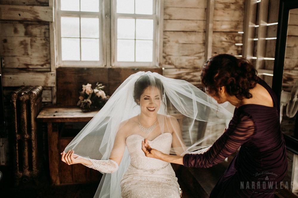 classy-bride-wedding-details-the-hidden-meadow-and-barn-pepin-wi-17.jpg
