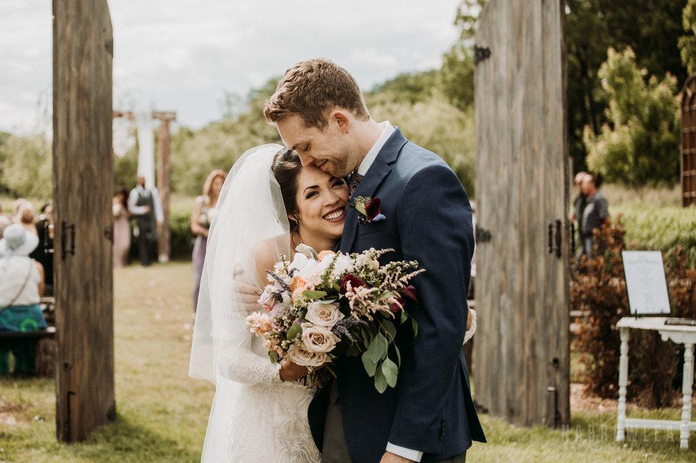 rustic-barn-wedding-the-hidden-meadow-and-barn-pepin-wi-17.jpg
