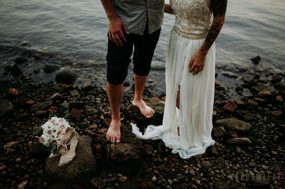 minnesota-outdoor-wedding-elopement-NarrowLeaf_Love_&_Adventure_Photography-54.jpg