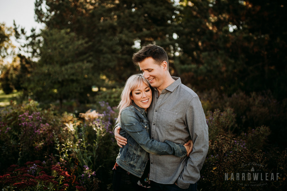 fall-engagement-at-como-park-zoo-and-conservatory-st-paul-mn-55.jpg