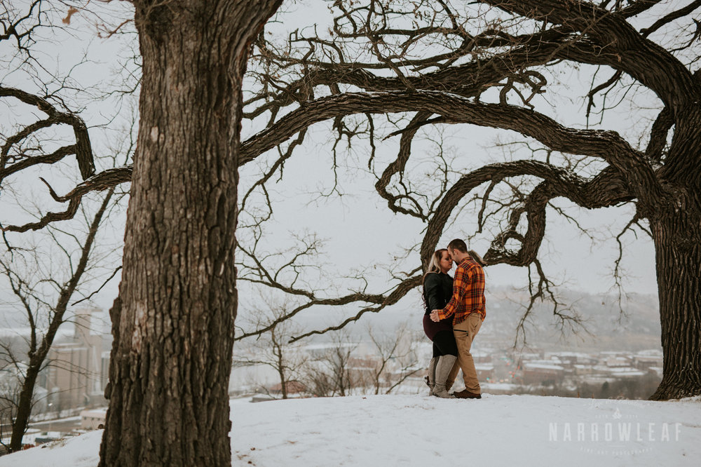 urban-winter-engagement-in-red-wing-mn-NarrowLeaf_Photography-1395.jpg
