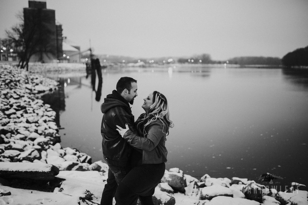 urban-winter-engagement-in-red-wing-mn-NarrowLeaf_Photography-1774.jpg