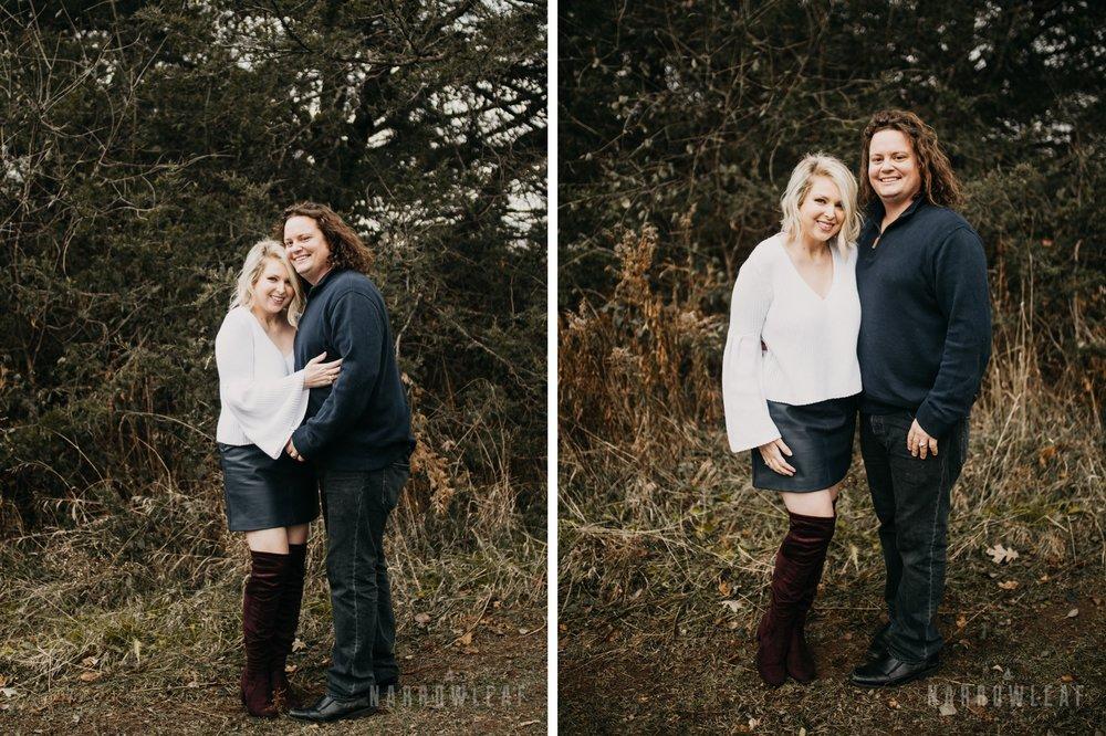 fall-engagement-couple-photos-prescott-wi-narrowleaf-photography-003-004.jpg