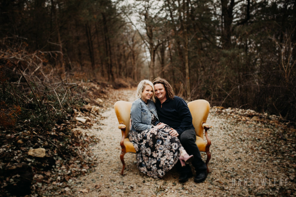 fall-engagement-couple-photos-prescott-wi-narrowleaf-photography-7.jpg