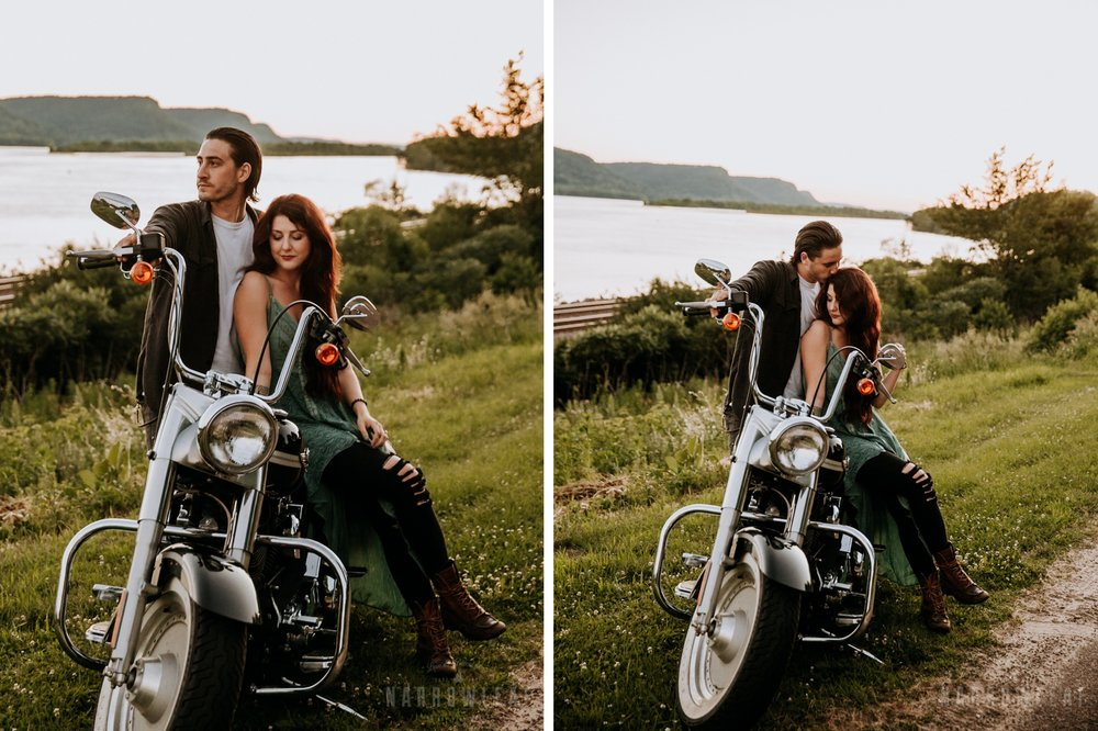 harley-moody-adventure-engagement-session-in-Trempealeau-wi-022.jpg