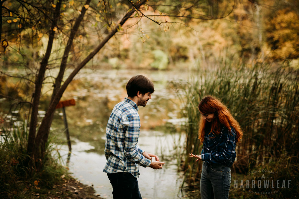 fall-engagement-lebanon-hills-mn-NarrowLeaf_Adventure_Photography-8.jpg