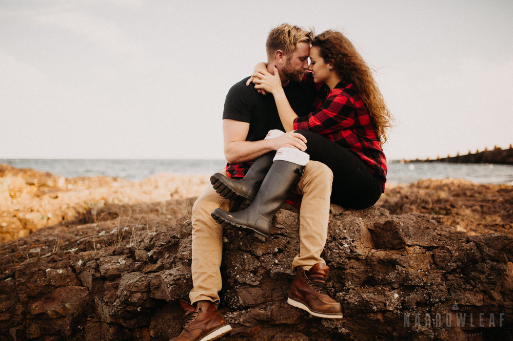 wild-adventure-engagement-photos-gooseberry-falls-two-harbors-mn-NarrowLeaf-Photography-16.jpg