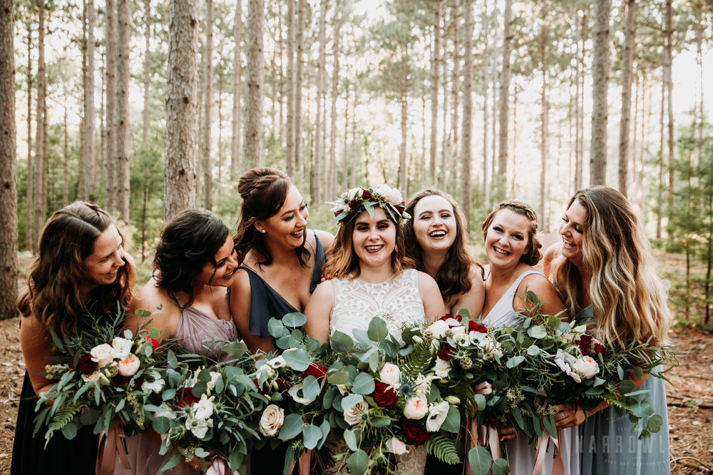 woodsy-bridal-party-burlap-and-bells-wi-NarrowLeaf_Love_&_Adventure_Photography-4.jpg