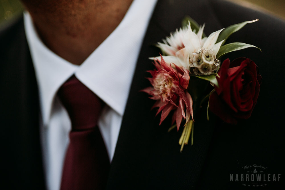 woodsy-bridal-party-burlap-and-bells-wi-NarrowLeaf_Love_&_Adventure_Photography-8.jpg