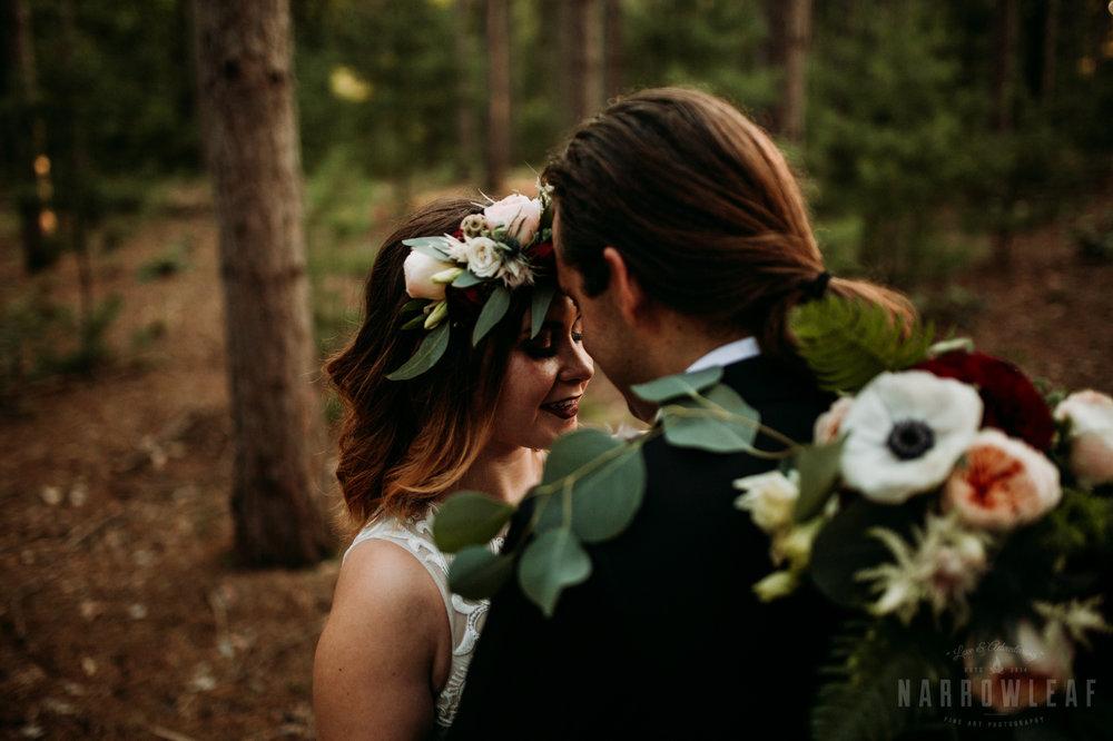 woodsy-bride-groom-romantic-sunset-burlap-and-bells-wi-Narrowleaf-Adventure-Photography-7.jpg