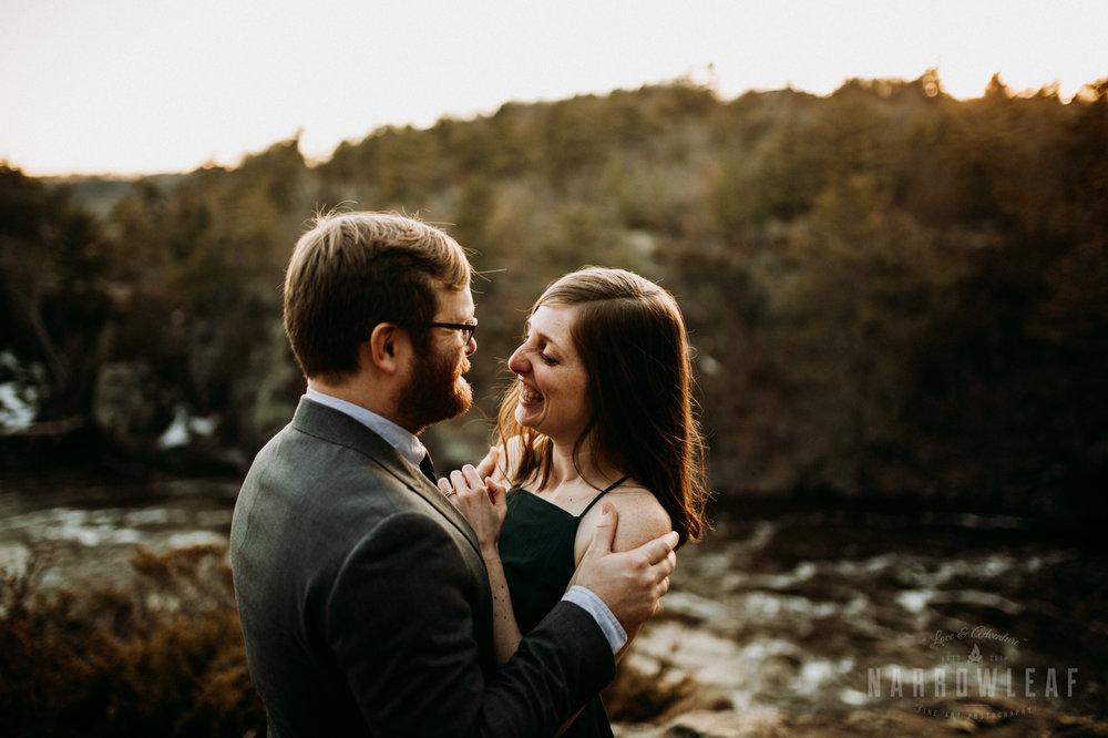 Spring-moody-wisconsin-woodsy-elopement-NarrowLeaf_Love_&_Adventure_Photography-9292.jpg