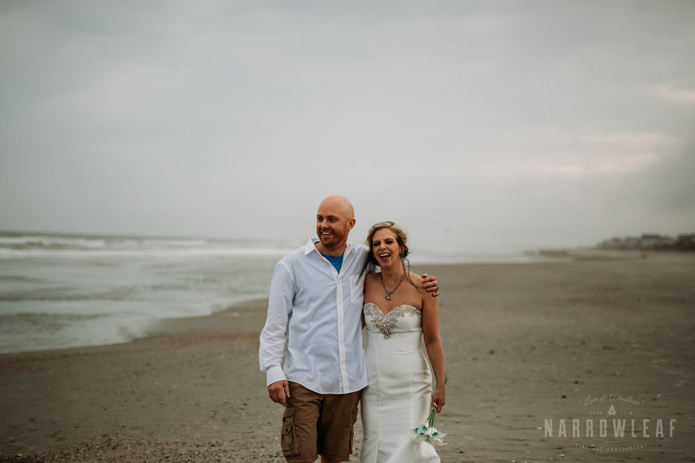 south-carolina-folly-beach-destination-wedding-NarrowLeaf_Love_&_Adventure_Photography-2433.jpg