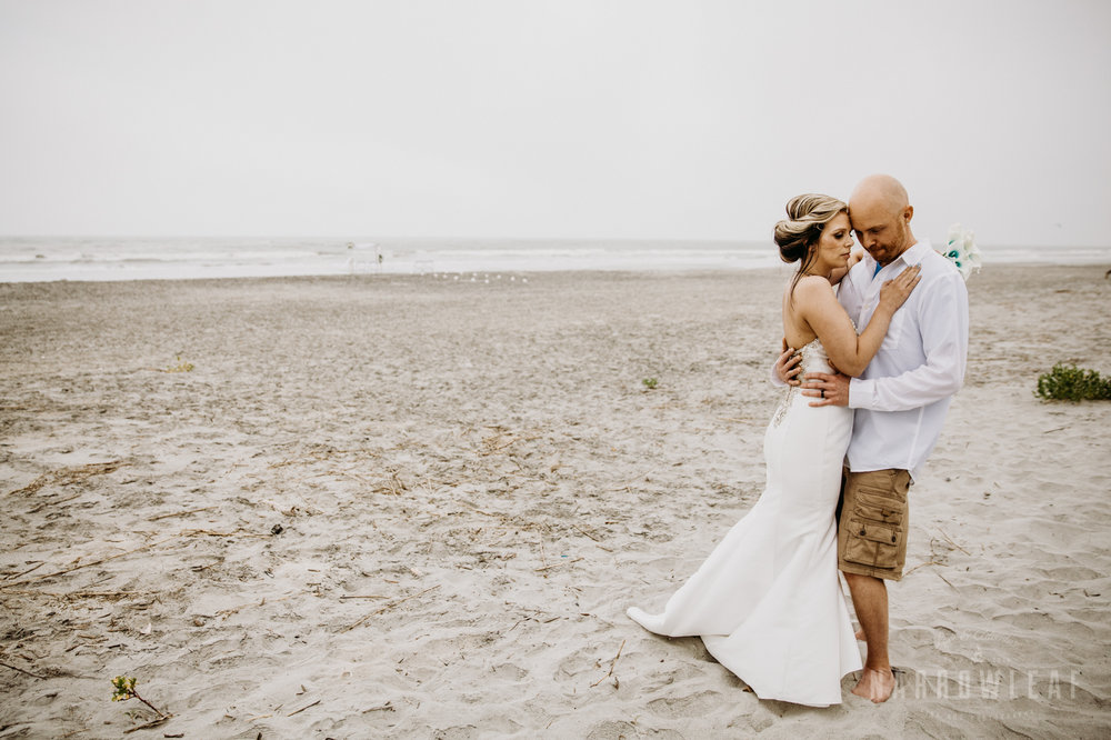 south-carolina-folly-beach-destination-wedding-NarrowLeaf_Love_&_Adventure_Photography-9138.jpg