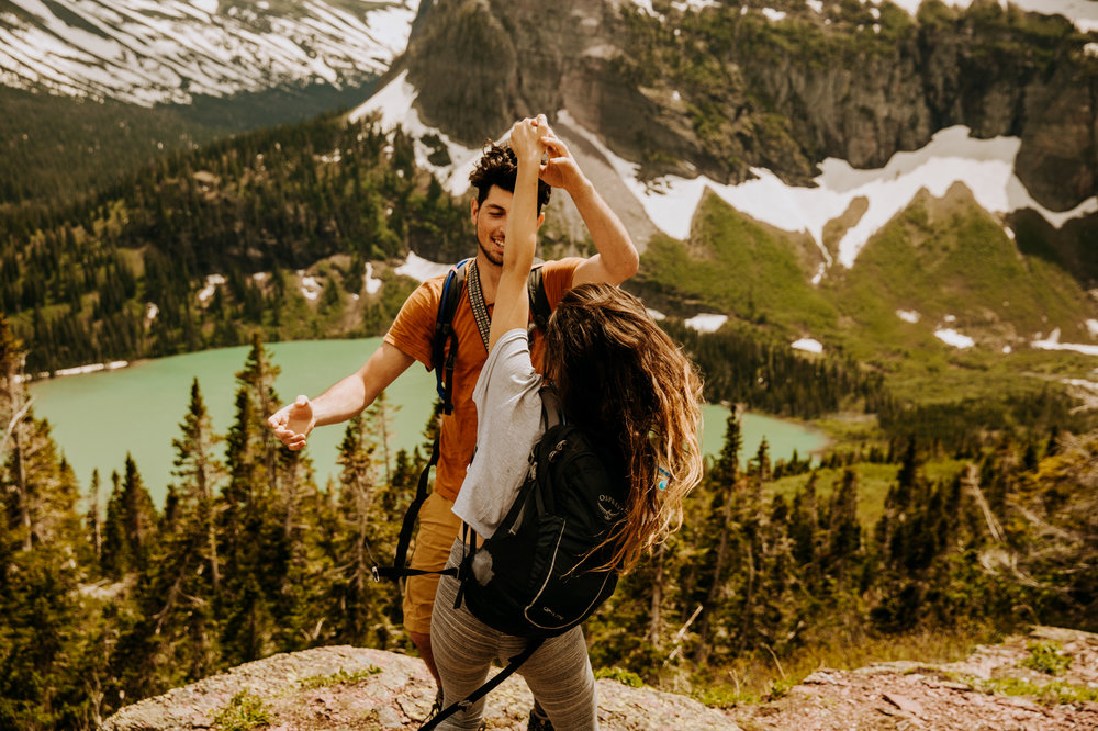 montana-glacier-national-park-mountain-hiking-engagement-session-Narrowleaf_Love_and_Adventure_Photography-9789.jpg