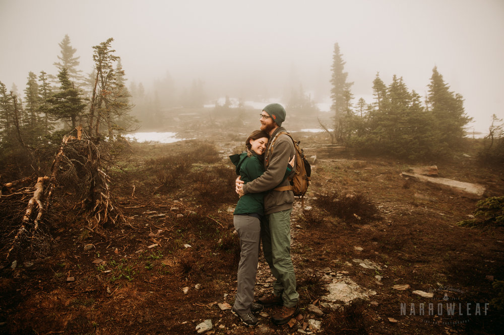 logan-pass-montana-glacier-national-park-mountain-hiking-engagement-session-Narrowleaf_Love_and_Adventure_Photography-0789.jpg