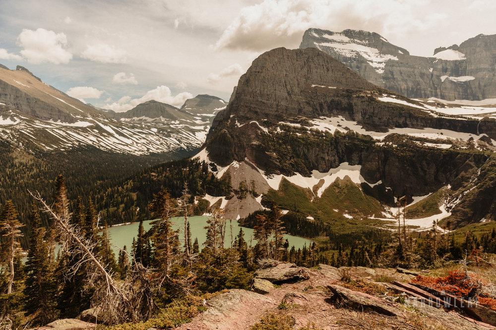 Montana-Glacier-National-Park-Many-Glacier-Narrowleaf-Love-and-Adventure-elopement-Photography-9728.jpg