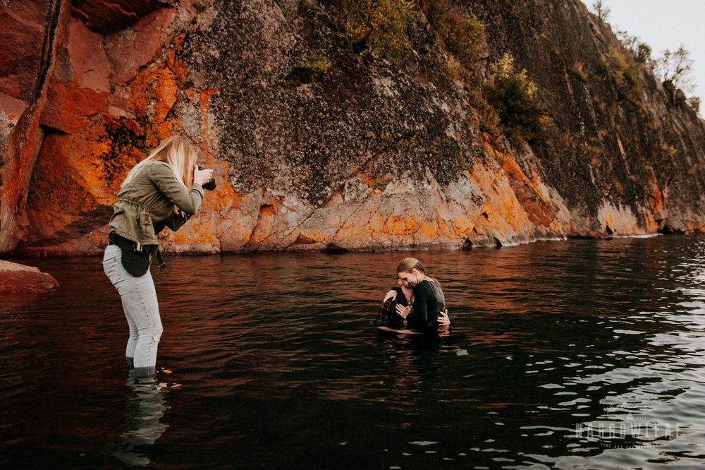 outdoor-adventure-elopement-photographer-lake-superior-mn-Narrowleaf_Love_and_Adventure_Photography.jpg