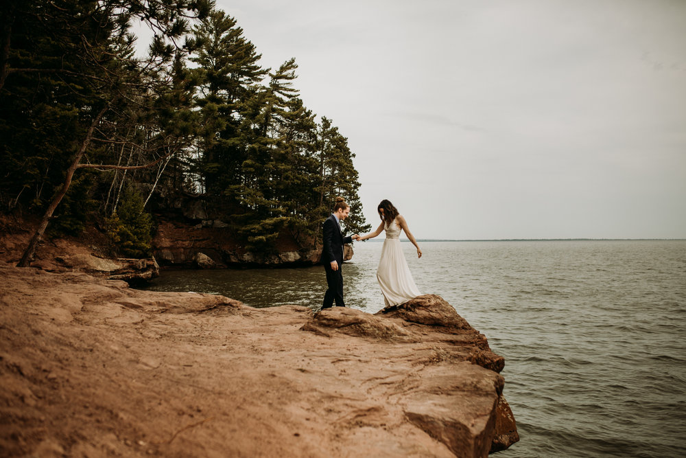 wisconsin-elopement-at-houghton-falls-washburn-Narrowleaf-Love-and-Adventure-Photography-7260.jpg