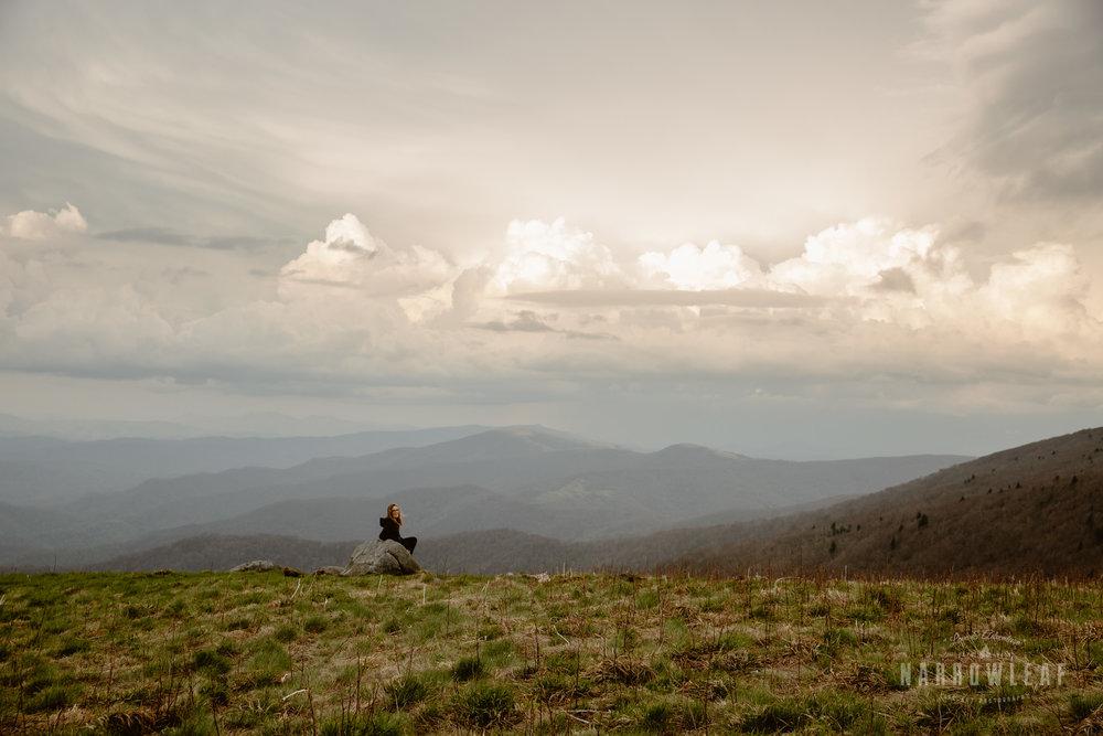 Hiking-Big-Bald-Mountain-Appalachian-Trail-in-Tennessee-Narrowleaf_Love_and_Adventure_Photography-3330.jpg