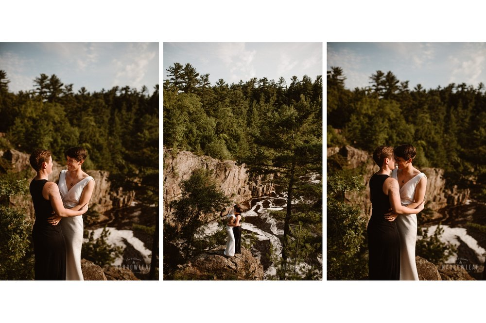 Interstate-Park-St.-Croix-Falls-WI-Elopement-Photographer-Narrowleaf_Love_and_Adventure_Photography.jpg