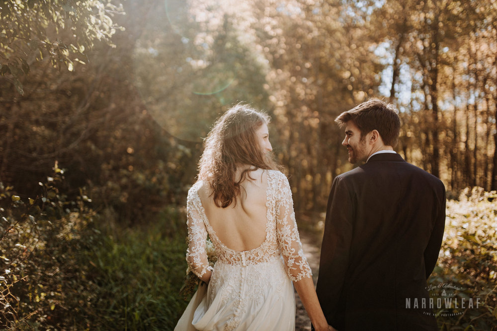 Perrot-State-Park-Baraboo-Wisconsin-Fall-adventure-hiking-Elopement-Narrowleaf_Love_and_Adventure_Photography-0044.jpg