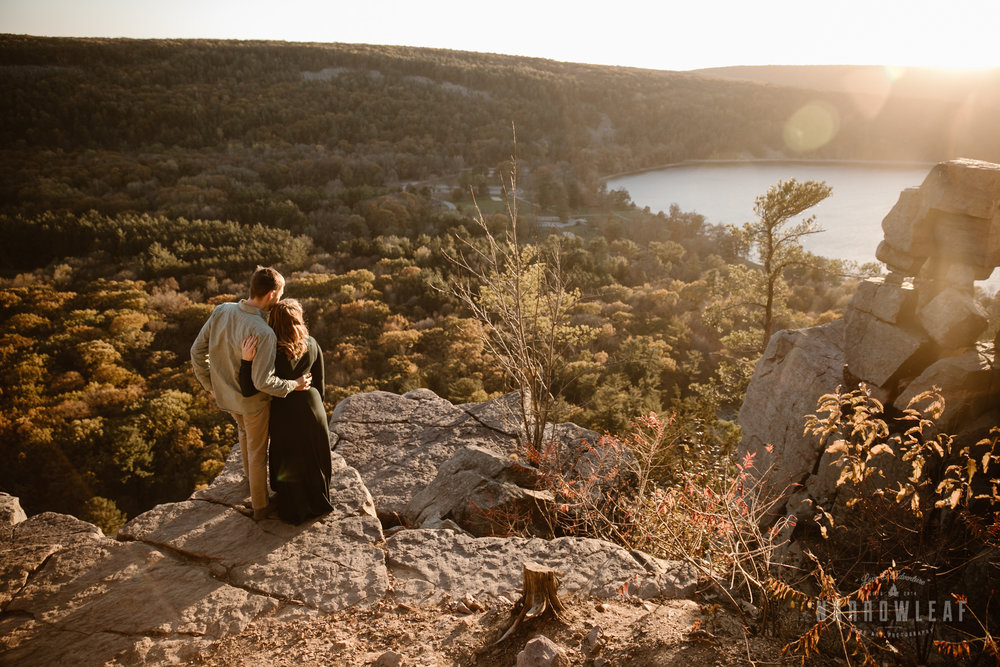 WI-sunset-hiking-engagement-photography-devils-lake-state-park-Narrowleaf_Love_and_Adventure_Photography-1234.jpg