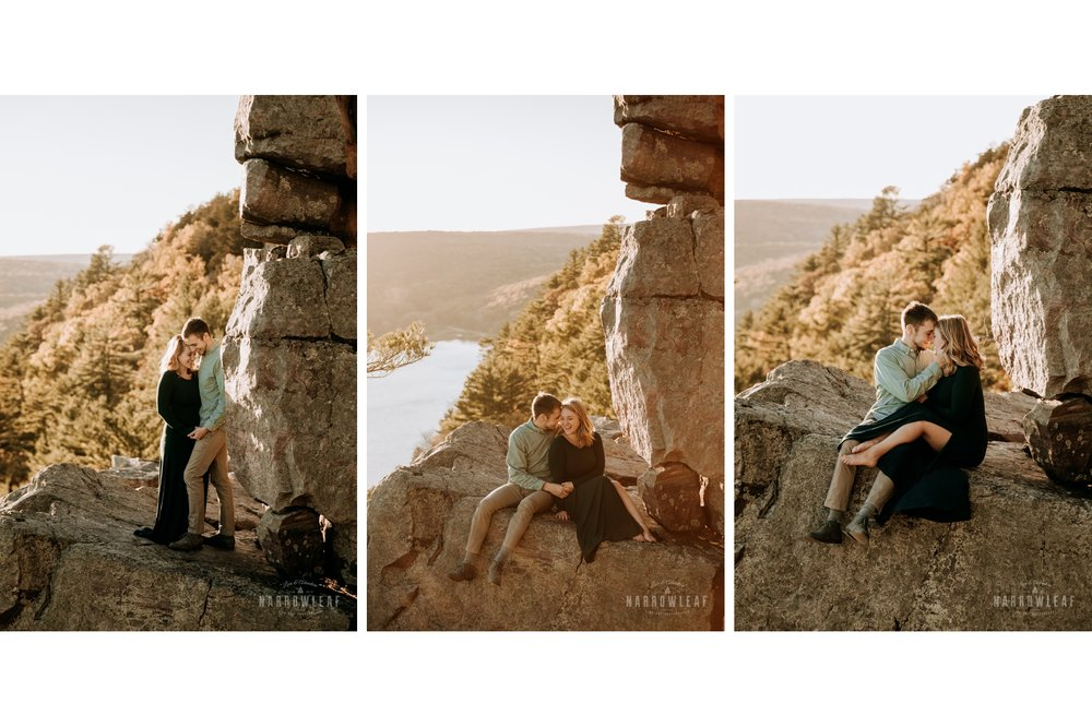 wisconsin-devils-doorway-hiking-engagement-narrowleaf-adventure-engagement-photographer.jpg