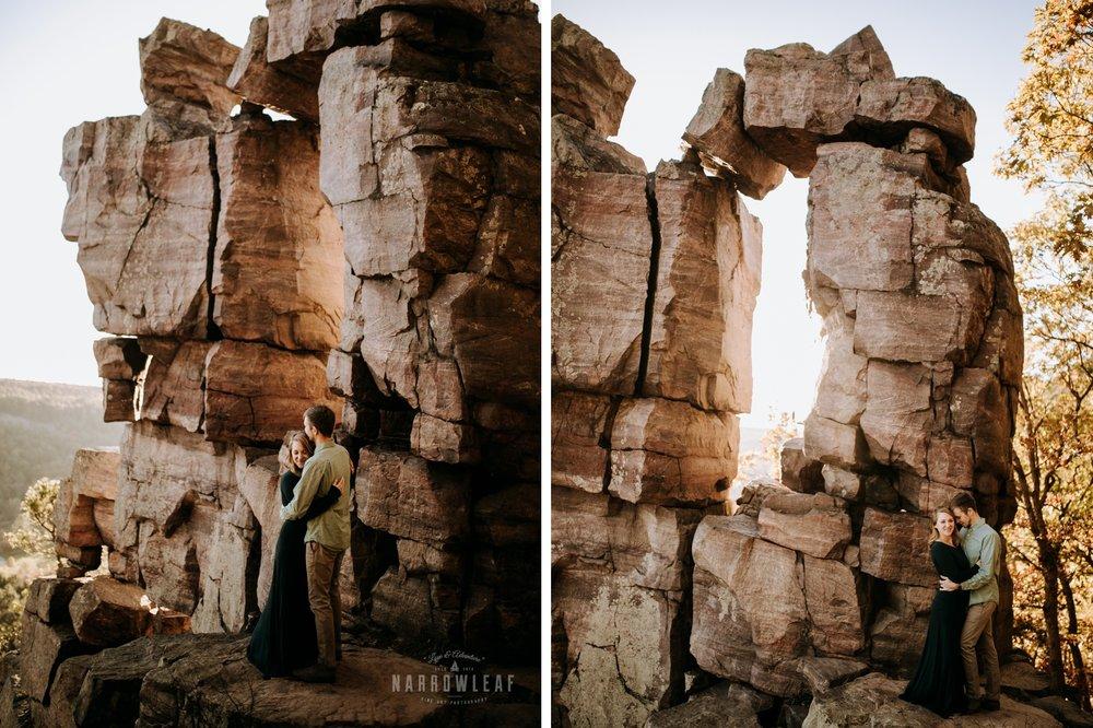 wisconsin-devils-doorway-hiking-engagement-narrowleaf-adventure-engagement-photographer.jpg.jpg