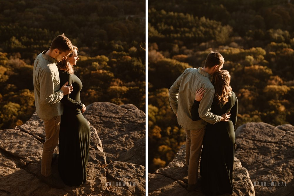 wisconsin-sunset-cliffs-hiking-engagement-narrowleaf-adventure-engagement-photographer.jpg