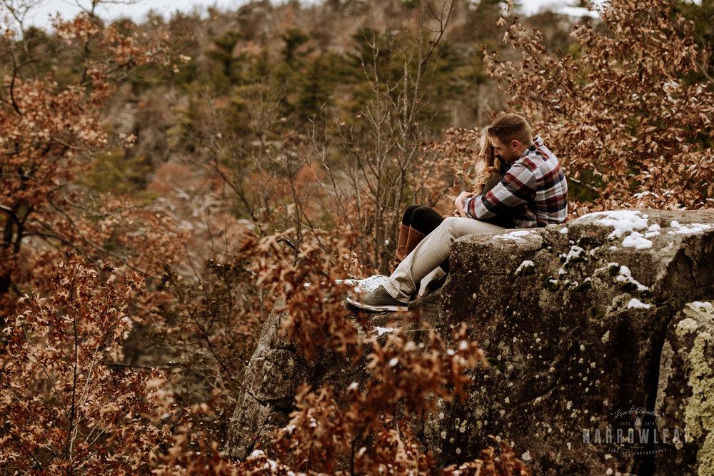wisconsin-winter-adventure-engagement-interstate-park-bluffs-Narrowleaf_Love_and_Adventure_Photography-1548.jpg