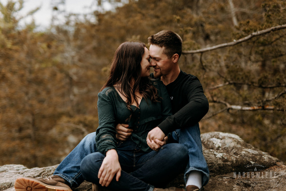 wisconsin-engagement-photographer-Narrowleaf_Love_and_Adventure_Photography-0257.jpg