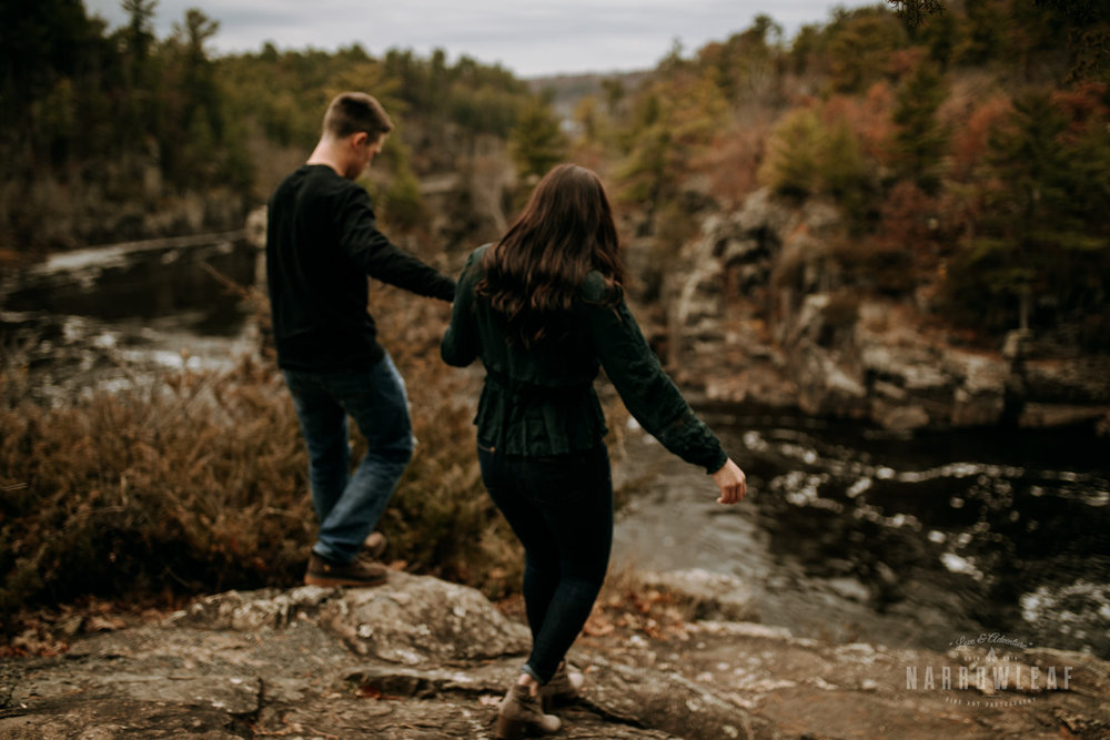 wisconsin-engagement-photographer-Narrowleaf_Love_and_Adventure_Photography-0791.jpg