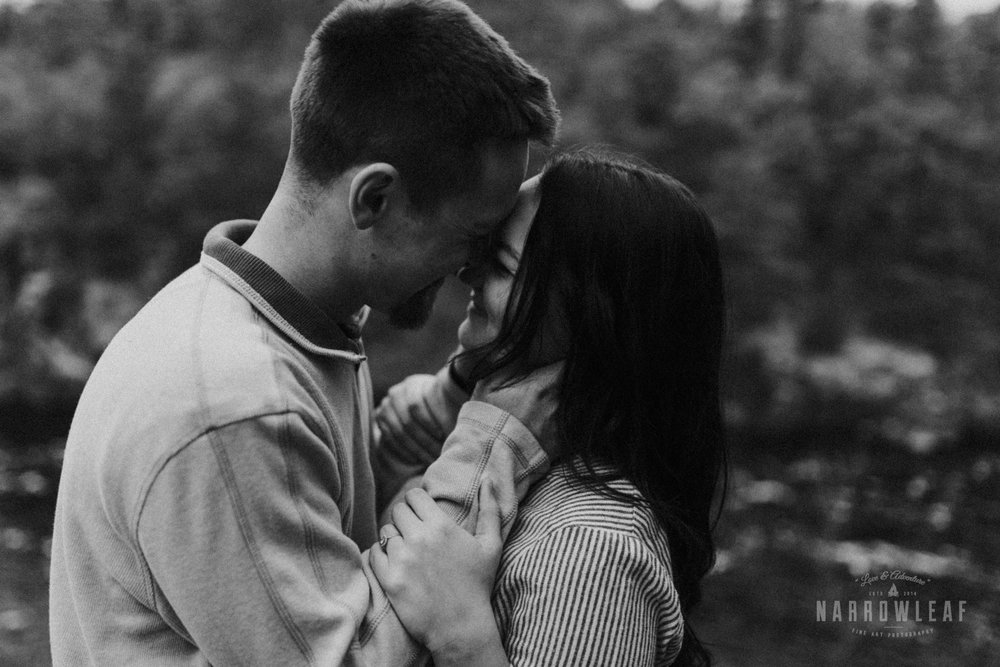 wisconsin-engagement-photographer-Narrowleaf_Love_and_Adventure_Photography-1249.jpg