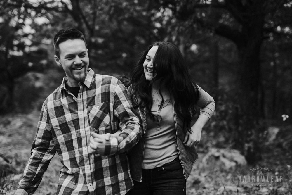 wisconsin-fall-adventure-engagement-Narrowleaf_Love_and_Adventure_Photography-0077.jpg