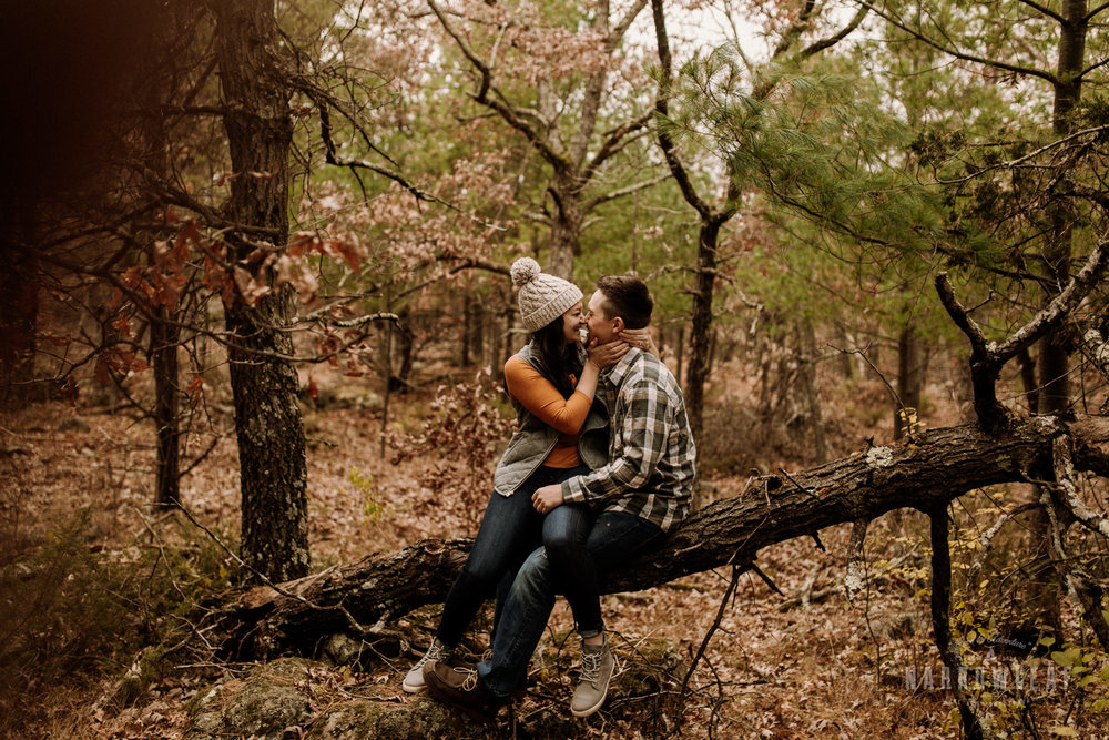 wisconsin-fall-adventure-engagement-Narrowleaf_Love_and_Adventure_Photography-0478.jpg