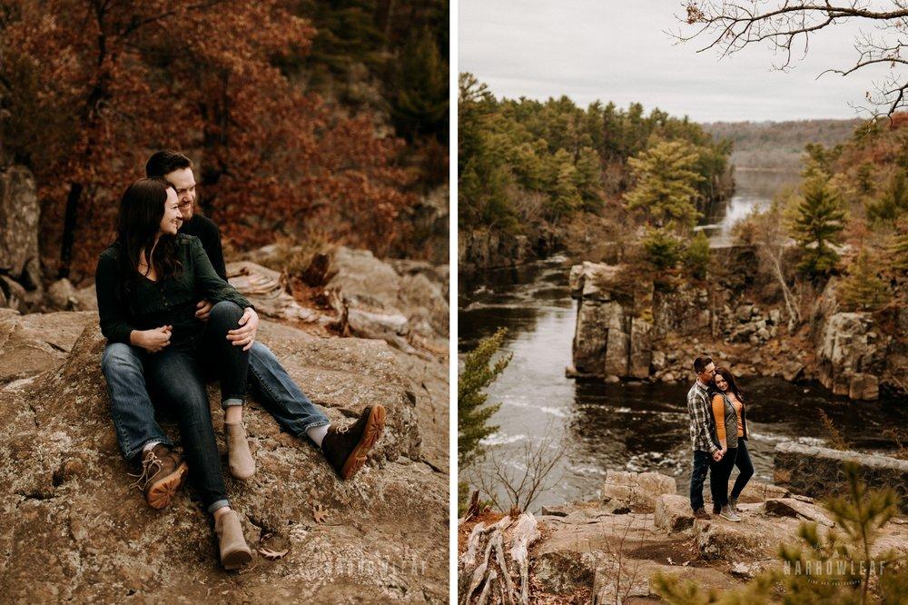 fun-engagement-photographer-in-wisconsin-narrowleaf-photography.jpg005-006.jpg