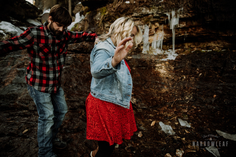 willow-falls-winter-engagement-photos-Narrowleaf_Love_and_Adventure_Photographer-155.jpg