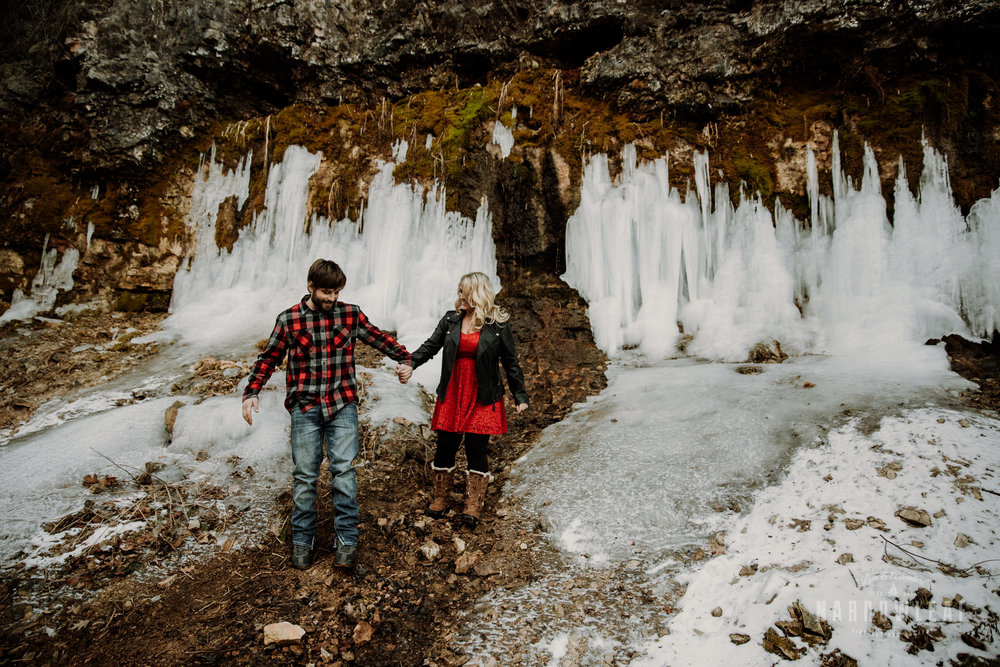 willow-falls-winter-engagement-photos-Narrowleaf_Love_and_Adventure_Photographer-190.jpg
