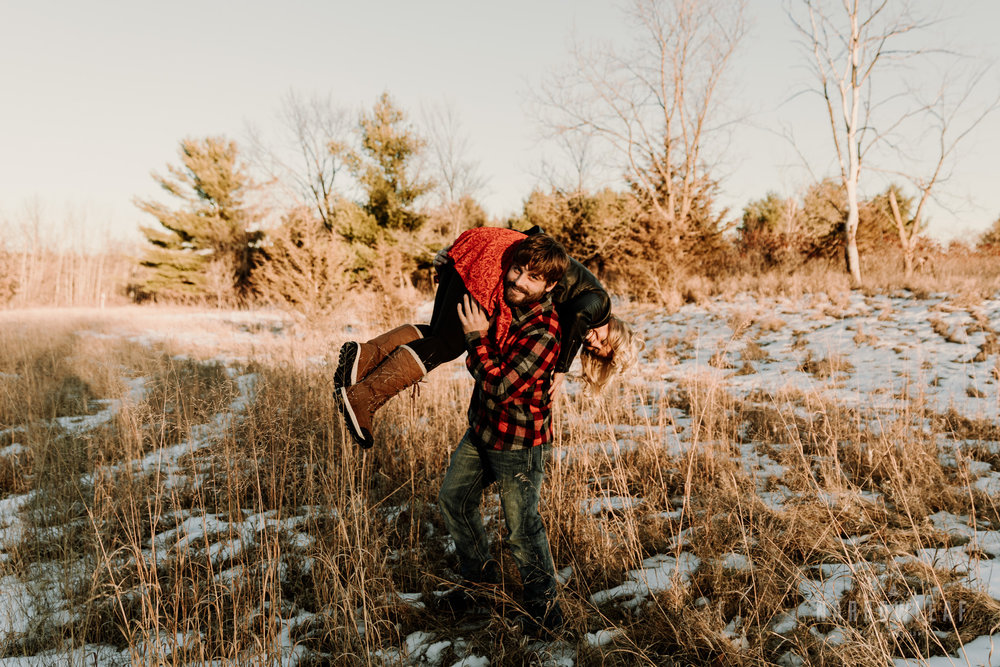 willow-falls-winter-engagement-photos-Narrowleaf_Love_and_Adventure_Photographer-217.jpg