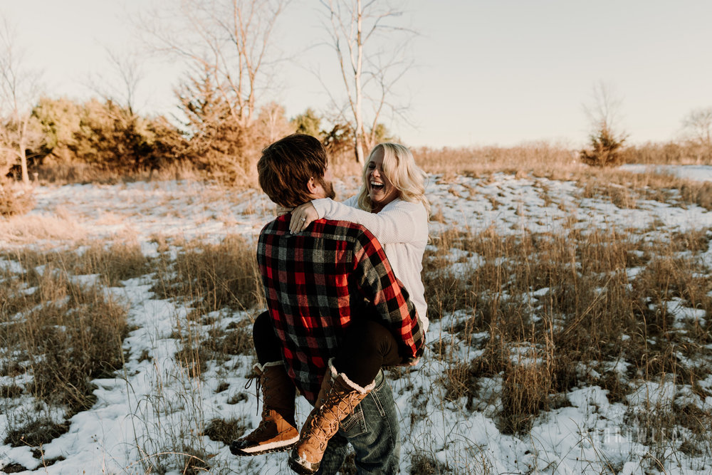 willow-falls-winter-engagement-photos-Narrowleaf_Love_and_Adventure_Photographer-229.jpg