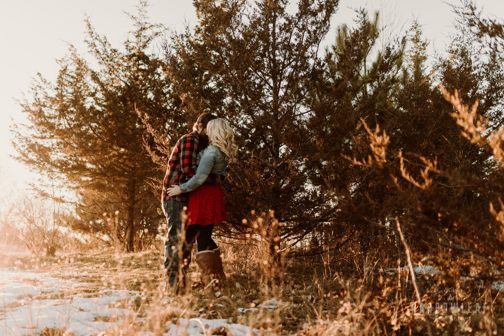 willow-falls-winter-engagement-photos-Narrowleaf_Love_and_Adventure_Photographer-272.jpg
